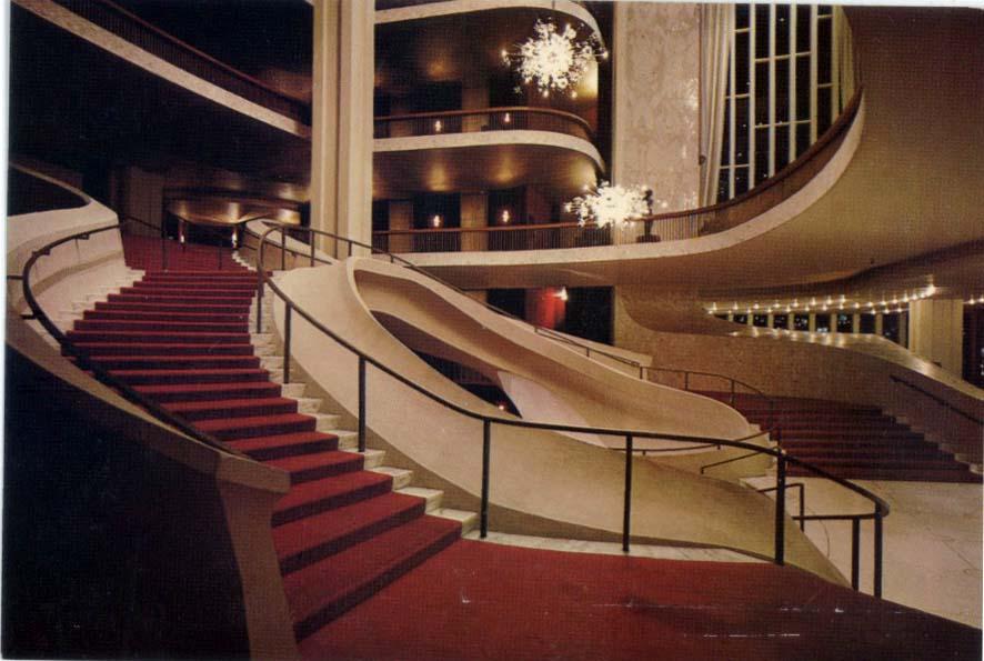 architectures de cartes postales 1 le luxe par l 39 escalier. Black Bedroom Furniture Sets. Home Design Ideas