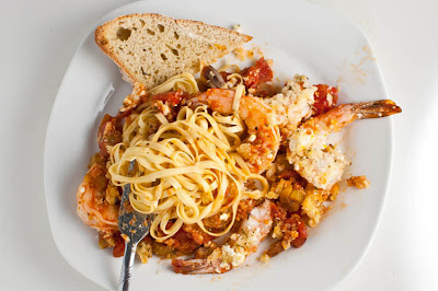 ... ! Likes It, So It MUST Be Good.: Roasted Shrimp, Tomato, & Feta Pasta