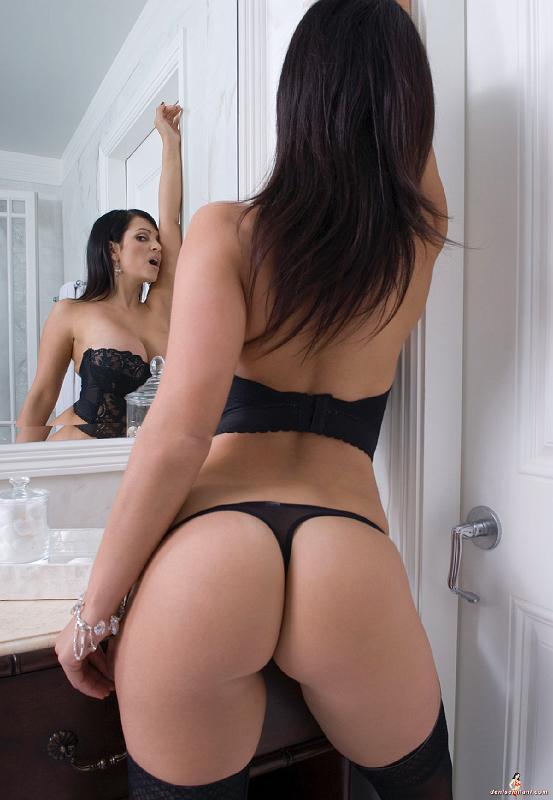 Denise Milani Bathroom
