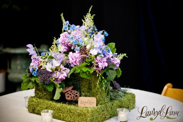 mariages r tro d coration florale jolies compositions pour la table. Black Bedroom Furniture Sets. Home Design Ideas