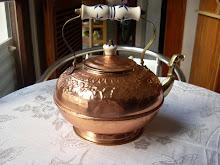 Bule em Bronze - Pega de porcelana