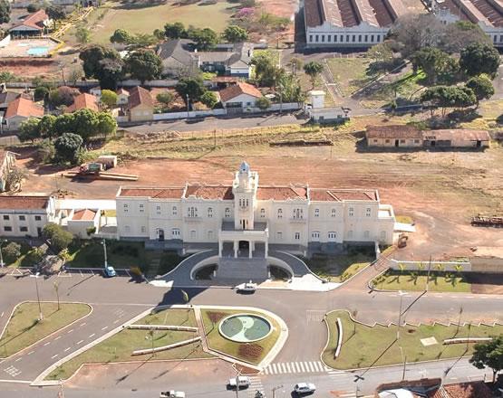 Araguari, a bela do Triângulo Mineiro Ferrovia%2Bsetembro%2B2009