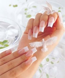 acrylic%2520nails How To Make Your Nails Look Whiter