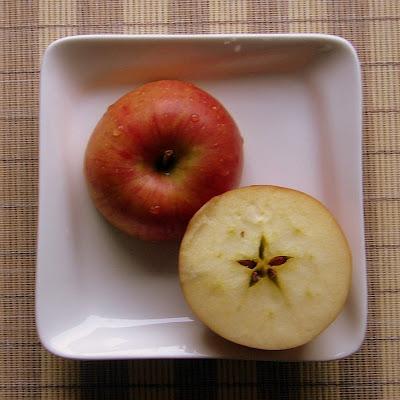 Cecilia's Apple