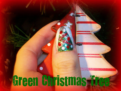Christmas Nails | GREEN CHRISTMAS TREE