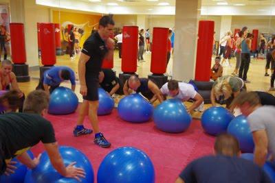 Escuela de triatlon navalmoral for Piscina climatizada navalmoral