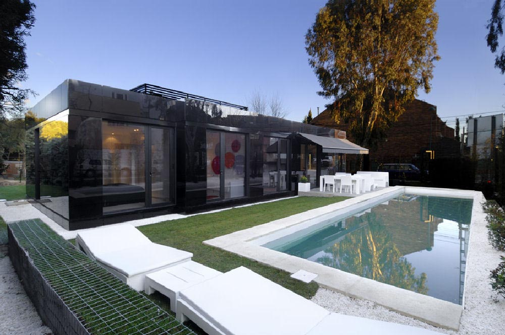Dream house modular house in madrid spain by a for Modular pool house