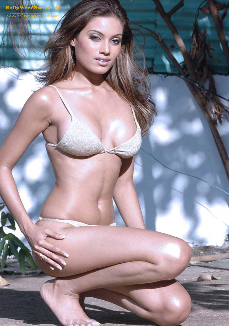 [Indian_Models_in_Swimsuit+(4).jpg]