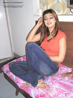 Ayesha Takia Bare Feet