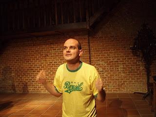 Fotografía de Segismundo solo, interpretado por Carlos Galindos