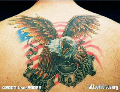 Eagle (Eagle) usually symbolizes courage of men so that this eagle tattoo