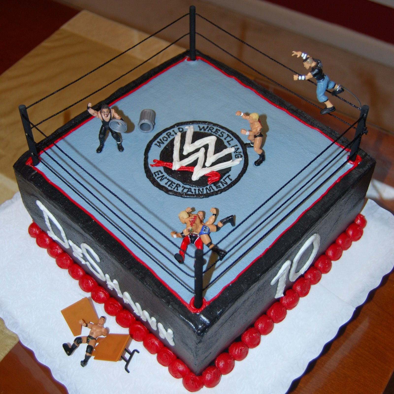 Sports Colleges And Graduation Cakes WWE Wrestling Cake