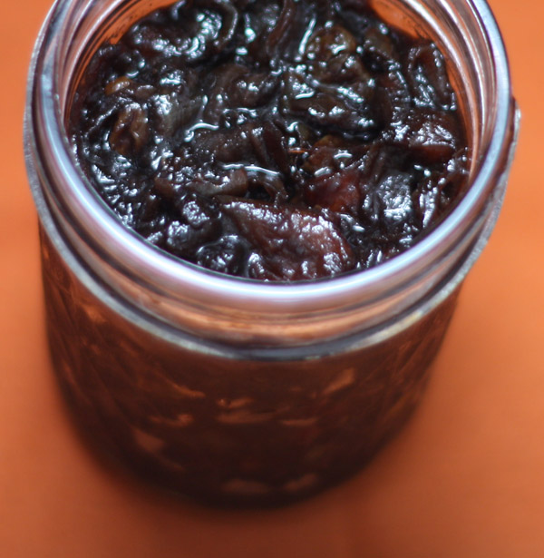 Onion-apple Chutney