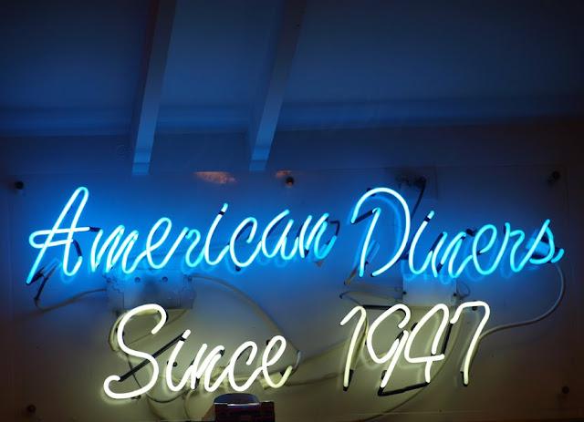 Neon de American Diners