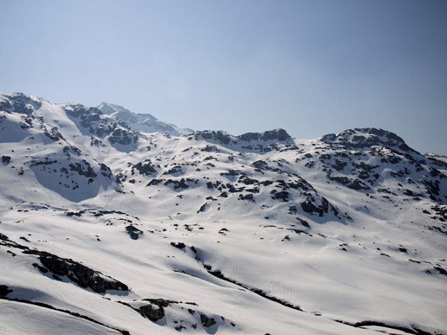 Vista durante la subida al Refugio de Vegarredonda en Picos de Europa