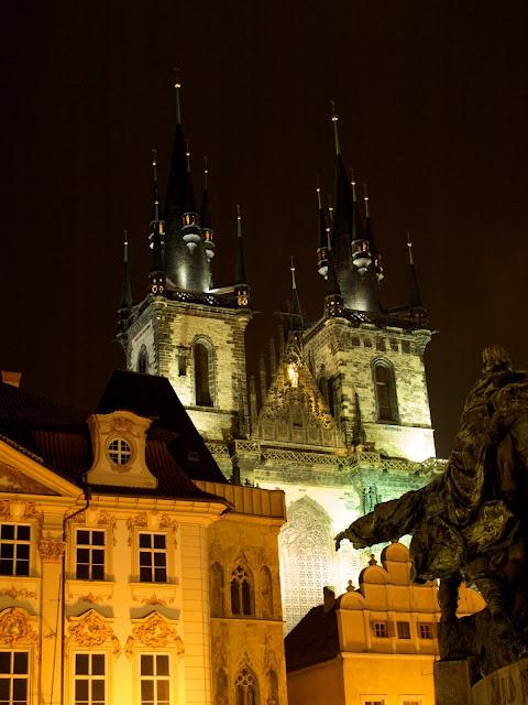la Iglesia de Tyn en Praga