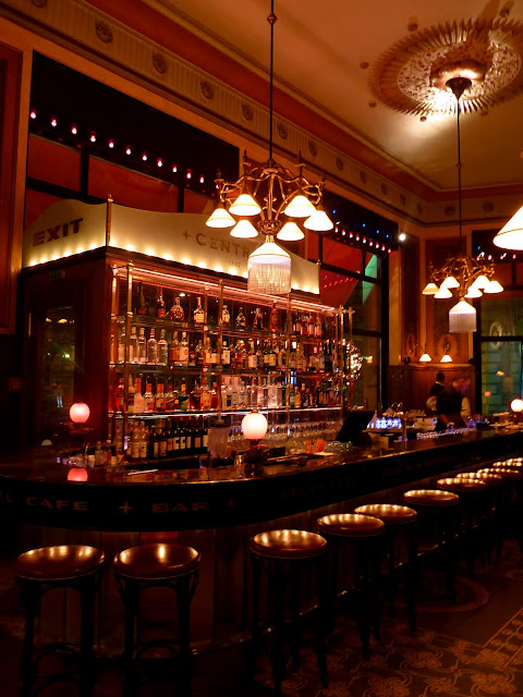 Barra de bar del Café Central