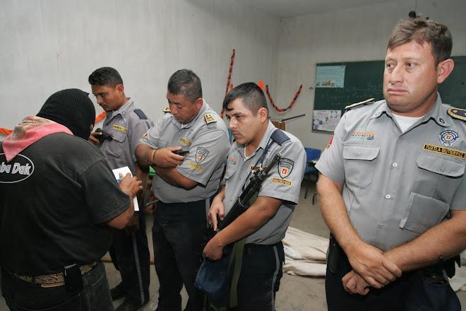 LOS POLICIAS DETENIDOS POR LA MOCRI