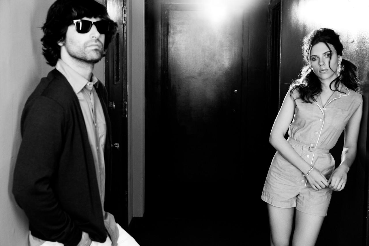 http://2.bp.blogspot.com/_FEkxtl1-FKs/THZtSX8cjzI/AAAAAAAAAc4/VJBkAADYL10/s1600/Pete+Yorn+and+Scarlett+Johansson.jpg