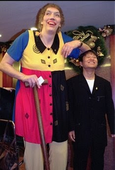 Sandy Allen, world's tallest woman