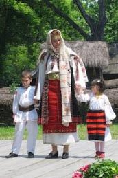 Sa nu uitam traditiile,sa le promovam,sa fim mandri de ele.