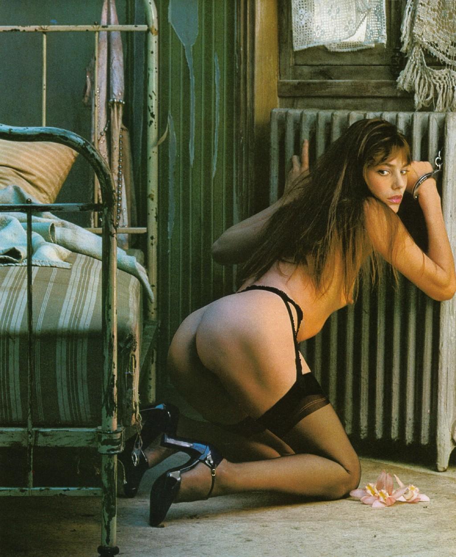 http://2.bp.blogspot.com/_FHQw2n2mXgs/TRklED3cUZI/AAAAAAAAArY/2ygiR9SwZiY/s1600/Jane+Birkin+Lui-74-12+07.jpg