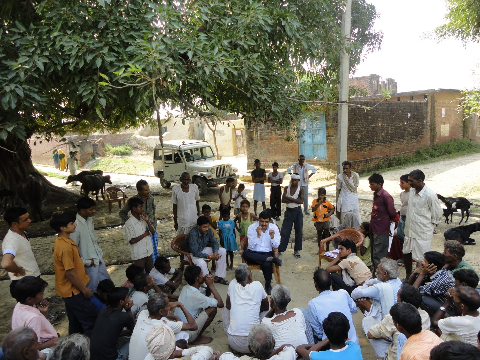 where and when does the panchayat meet