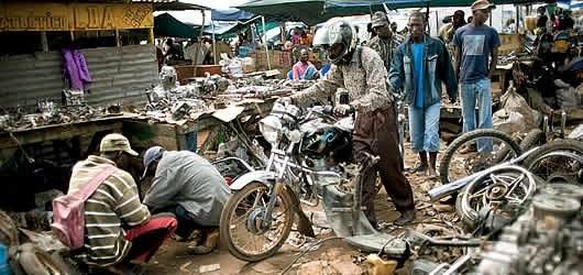 Adhesivo De Bicicletas ~ HISTÓRIA VIVA Capitalismo angolano