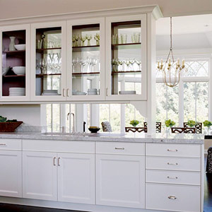 Walls too windows interior design use of glass in for Glass kitchen cabinet doors