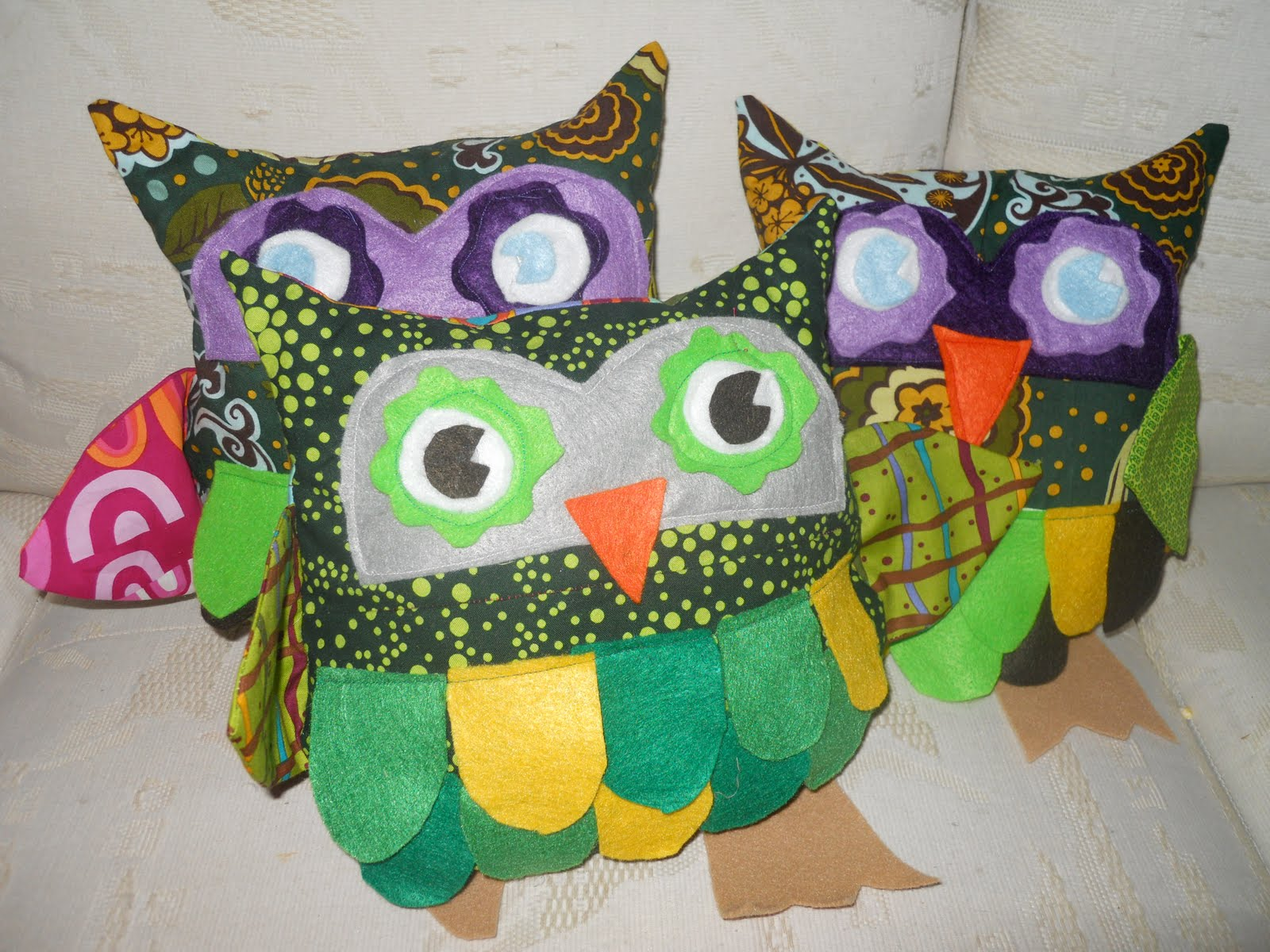 Owl Classroom Decorations Free : Sew sarah whooo are you