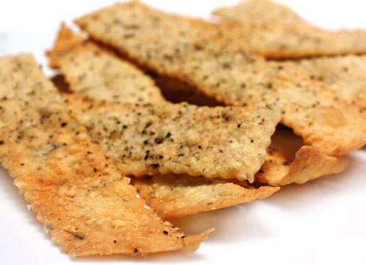 lisa is cooking: Rustic Rosemary-Parmesan Crackers