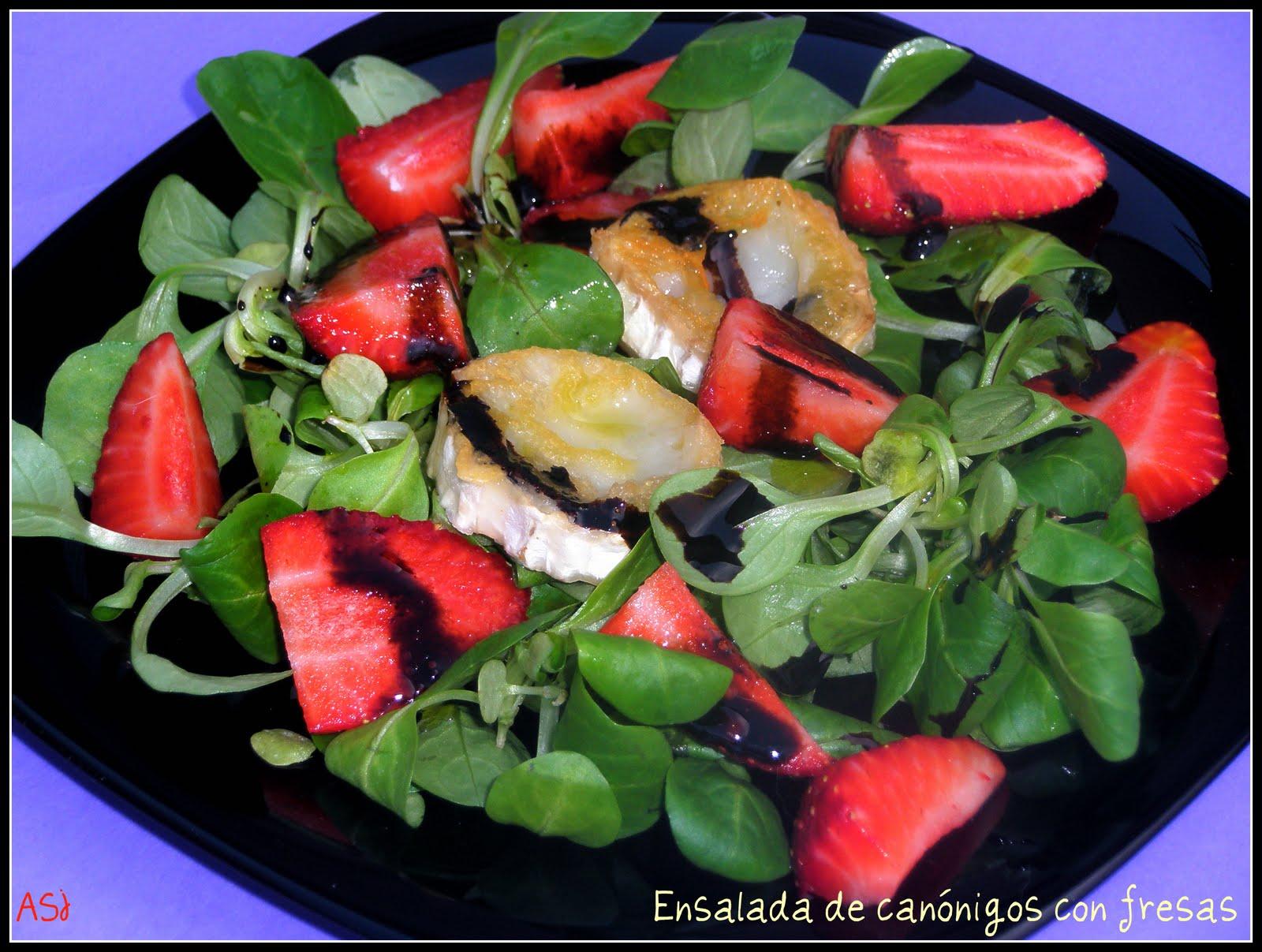 Canelita en rama ensalada de can nigos con fresas - Ensaladas con canonigos ...