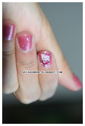 Hello Kitty Nails news