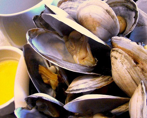 how to prepare and cook clams