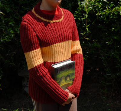 A Crafty Lawyer: Quidditch Sweater for A Crafty Daughter