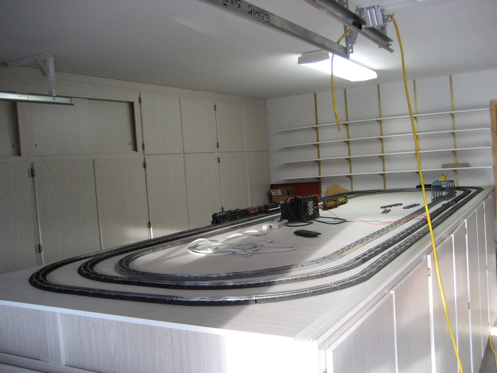 Model train track cleaning cars games