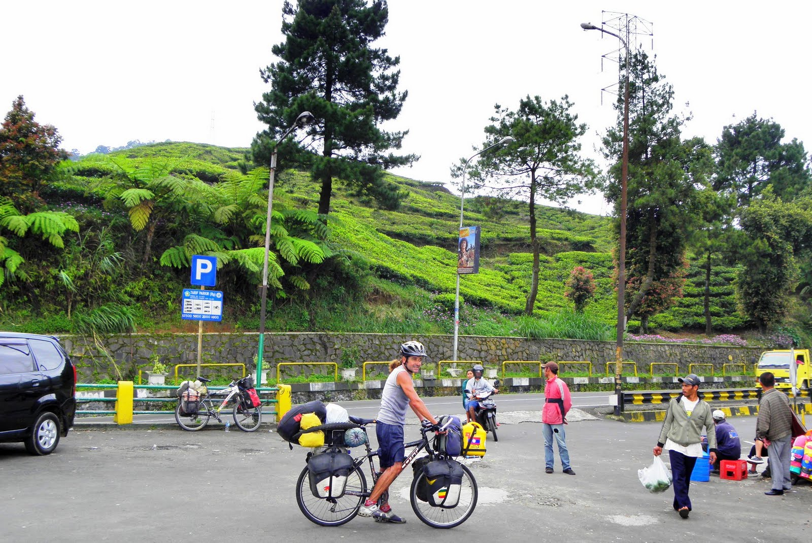 Communication on this topic: How to Ride a Bicycle in Jakarta, how-to-ride-a-bicycle-in-jakarta/