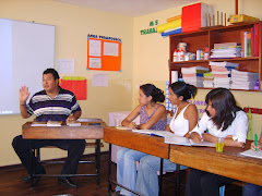 Compartiendo experiencias con docentes del Colegio Pestalozzi
