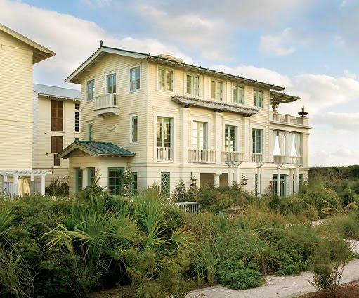 A Sweet Little Seaside Florida Coastal Design By Robert M Stern Heres Smaller Lot That Makes Crazy Statement With The And Detail