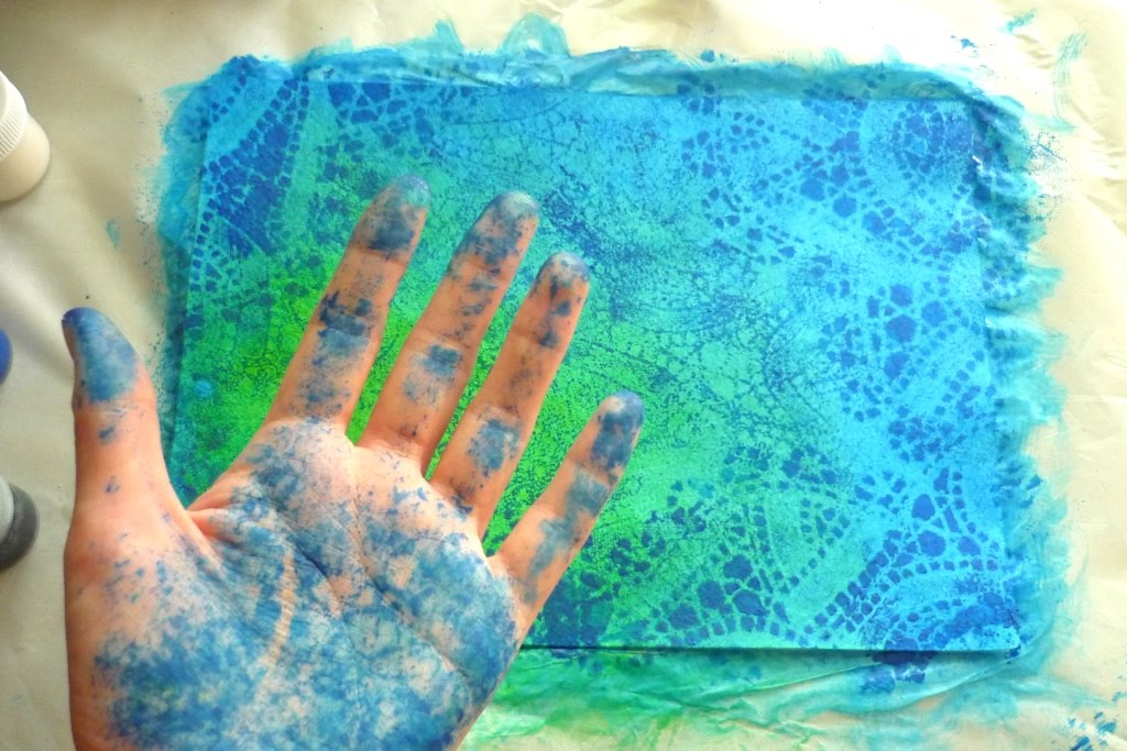 Как сделать фон на листе красками