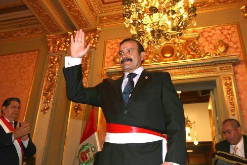 Peri dico vecino general miguel hidalgo nuevo ministro for Nuevo ministro del interior peru
