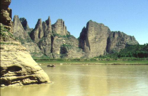 Sungai kuning / huang ho berada di china benua asia memiliki