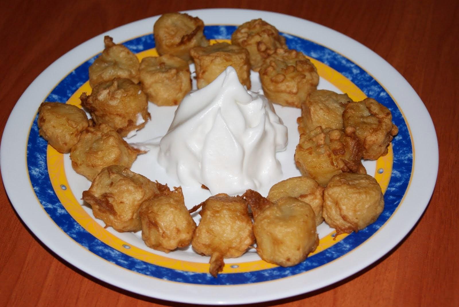Bocaditos de plátano en tempura