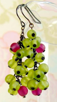 Grapes earrings from Bunnies Can Dream