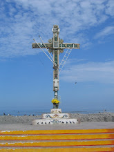 la Cruz--the Cross