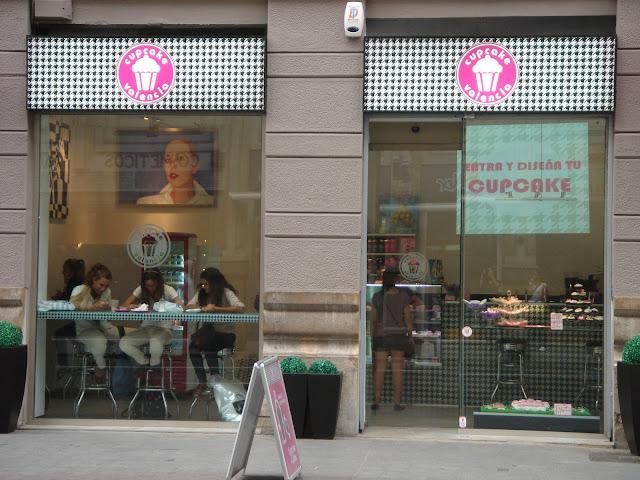 La chica de la casa de caramelo cupcakes en valencia - Casa de los caramelos valencia ...