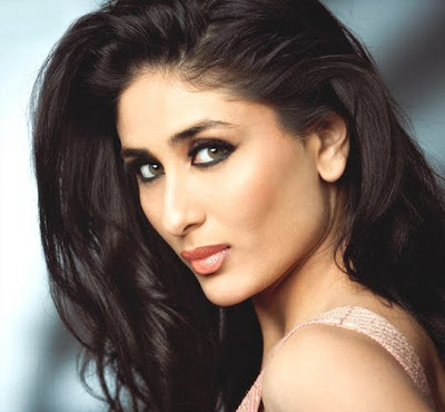 kareena kapoor kissed