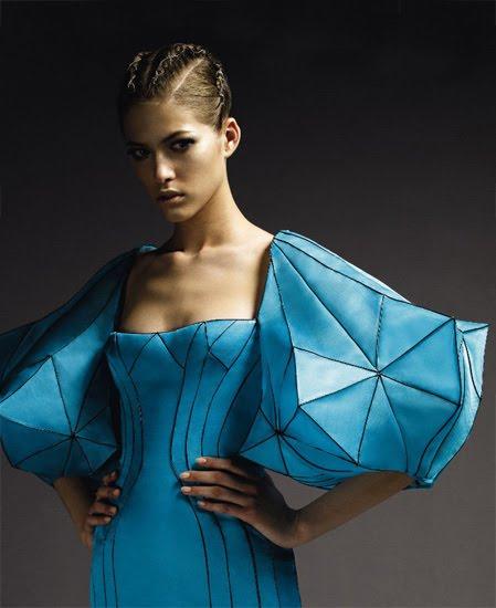 [Atelier+Versace+Fall+2009+12.jpg]