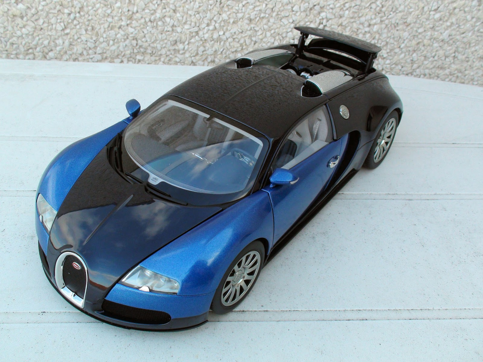 pseudo cars bugatti eb 16 4 veyron production car 2006. Black Bedroom Furniture Sets. Home Design Ideas