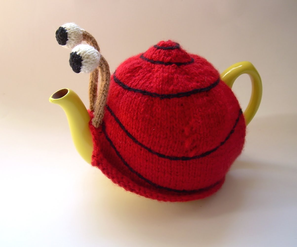 Knitting Pattern For Snail Tea Cosy : The Nutty Knitters blog: Snail tea cosy